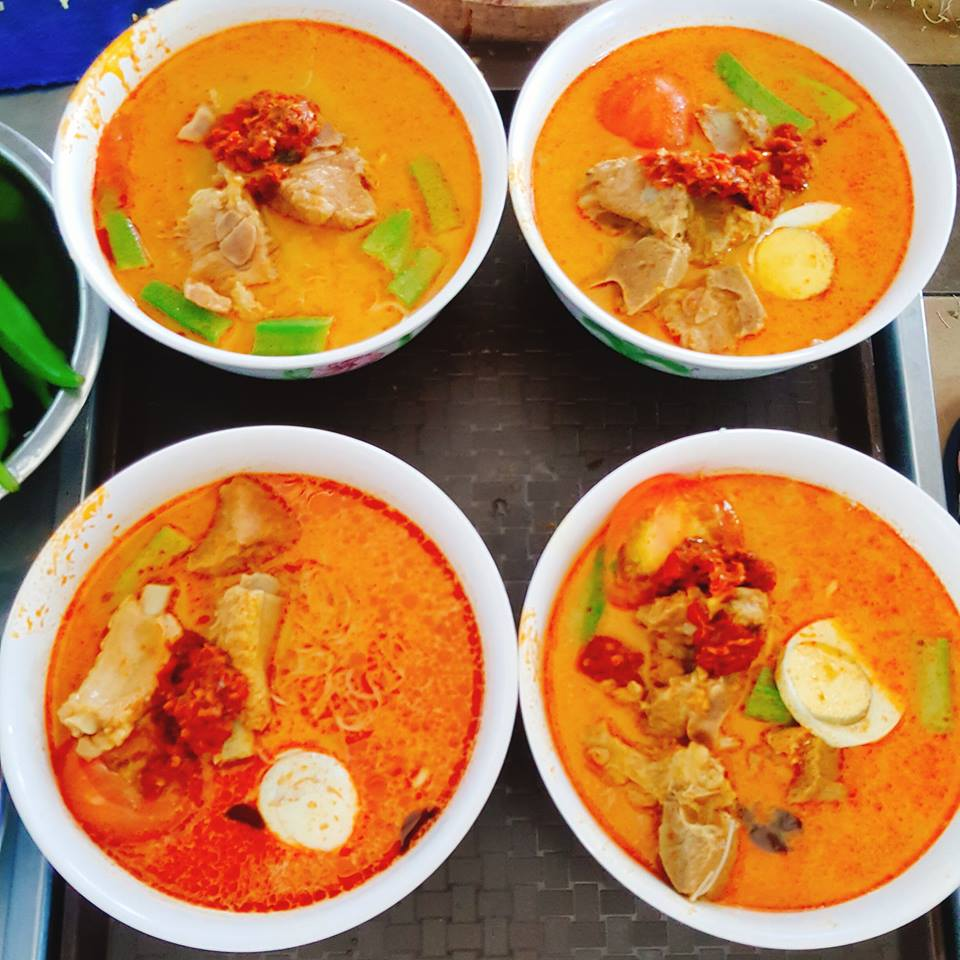 CURRY MEE3