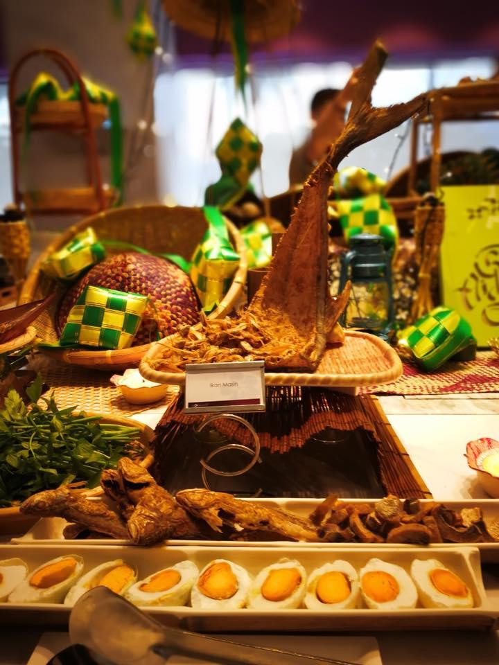 Lexis Mai Pi Buka Puasa Ala-Ala Kampung Ramadan Buffet 5